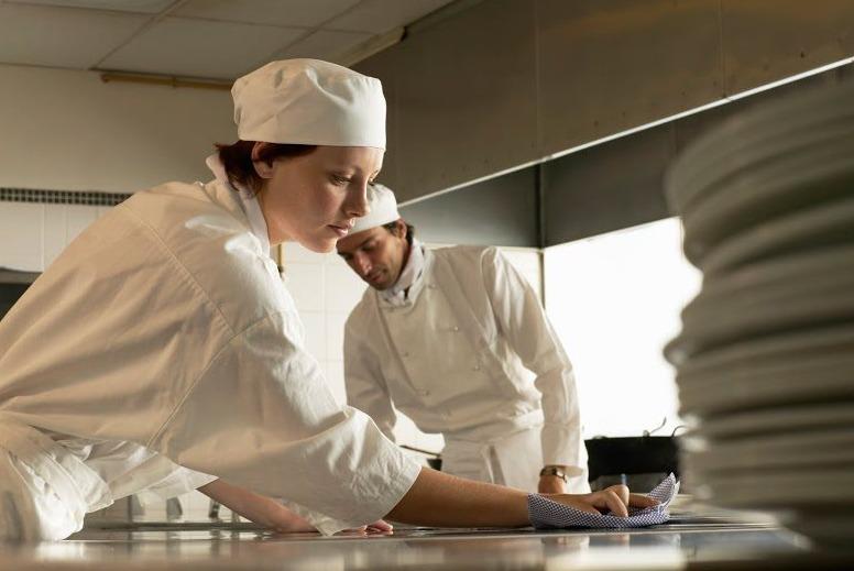 Ghidul profesonistului: Curăță bucătăria ca un expert